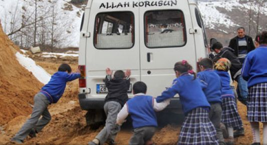 tehlikeli_okul_yolu_h24138